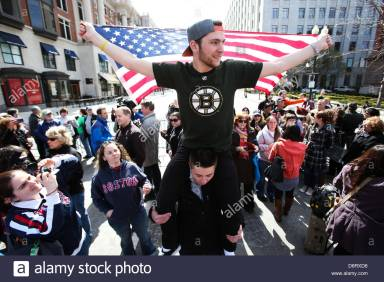 boston-usa-22nd-april-2013-thousands-gather-at-the-memorial-on-boylston-D6RXD6